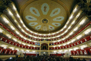 Bolshoi_theatre2_2